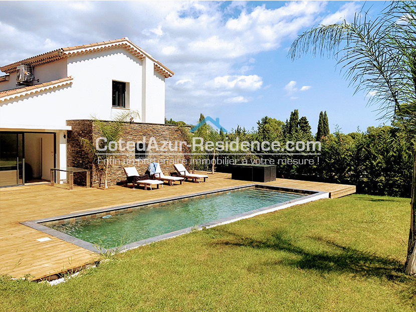 Villa 5R swimming-pool Castellaras